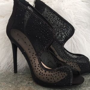 Evening black shoes with Swarovski crystal size 40